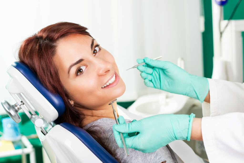 dentist-cleaning-at-clinic-1024x683